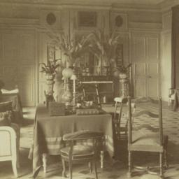 [Unidentified interior]
