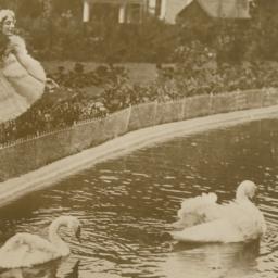 Anna Pavlova in Costume Bes...