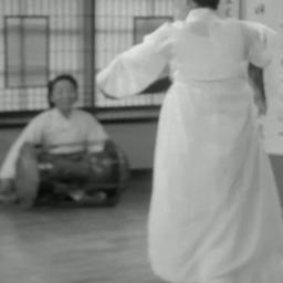 Korean classical dancer, Seoul