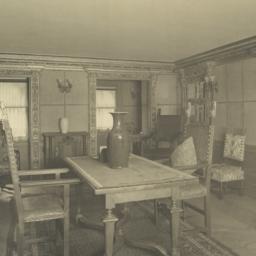 Mr. Poor's reception room (...